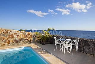 Villa para 7 pers. al borde del mar con piscina de agua de mar Lanzarote