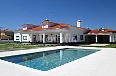 Moradia de luxo com piscina a  5 km da praia Leiria
