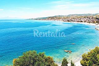Apartment with 2 bedrooms only 80 meters from the beach Reggio Calabria