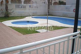 Apartment with 3 bedrooms only 90 meters from the beach Almería