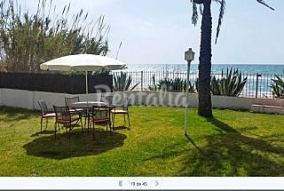 Villa para 10 personas en 1a línea de playa Tarragona