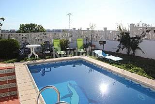 Chalet con piscina privada y wifi Castellón