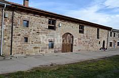 Casa de 4 habitaciones en Cervera de Pisuerga Palencia