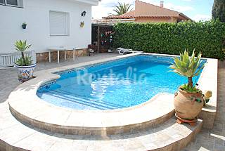 Villa de 3 habitaciones a 900 m de la playa Tarragona