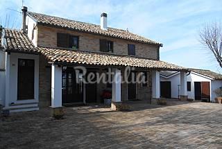 Villa pour 2-4 personnes à 12 km de la plage Ancône