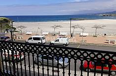 Apartment with 2 bedrooms on the beach front line Lugo