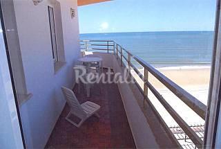 Apartamento com 3 quartos em frente à praia Huelva