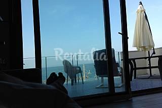 Apartamento com 2 quartos em frente à praia Pesaro e Urbino