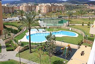 Apartment with 4 bedrooms only 1300 meters from the beach Málaga