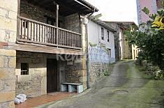 Casa de 3 habitaciones a 7 km de la playa Asturias