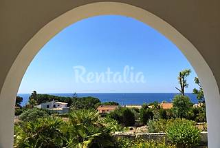 Villa for 7 people only 1000 meters from the beach Syracuse