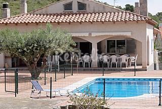 Villa el coto desacanso 16 personas wifi gratis Tarragona