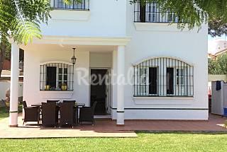 Villa de 5 hab. y 3 baños a 400 m de la playa Cádiz