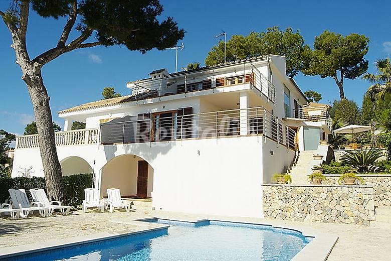 Casa para 10 personas con piscina port d 39 alcudia for Casas con piscina mallorca