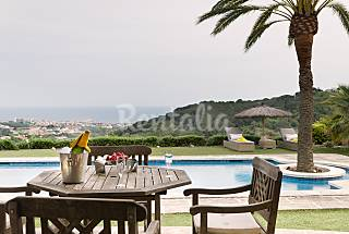 Beautiful manor house with swimming-pool in Alella Barcelona