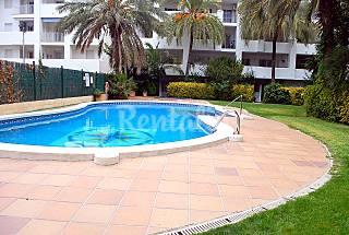 Apartamento bien equipado, piscina y jardin. Girona/Gerona
