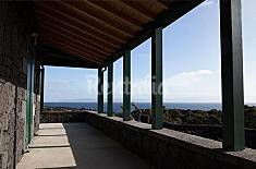 House for 3 people on the beach front line Pico Island