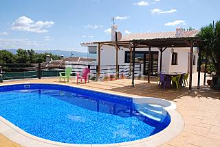 Villa with private pool & stunning views in Malaga Málaga