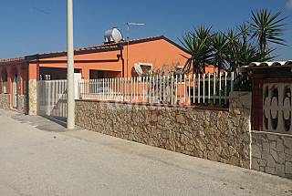 Villa with 2 bedrooms only 100 meters from the beach Ragusa