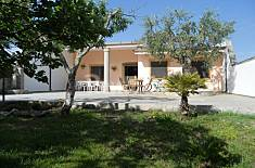 Villa for 4-8 people only 1200 meters from the beach Lecce