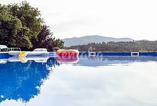 Casa de Campo com piscina 8-9 pessoas a 12km praia Viana do Castelo