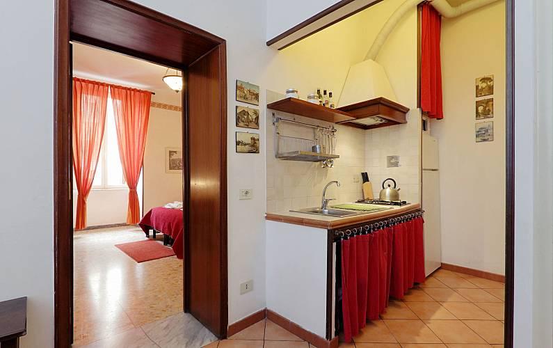 Appartamento per 6 8 persone a roma roma roma for Appartamento amsterdam 8 persone