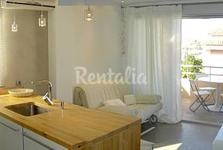 Apartment for 2-3 people on the beach front line Valencia