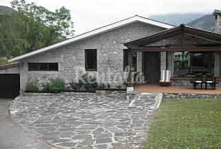 Villa mit 3 Zimmern in Cillorigo de Liébana Cantabria
