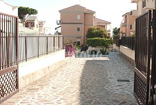 Nice apartment with garden, close to the sea Latina