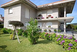Casa para 6-7 pessoas a 300 m da praia Pontevedra