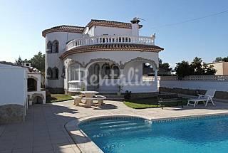 Magnífica Villa con piscina privada Tarragona