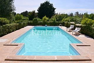Villa con Piscina Salento a 9 km dal mare. Brindisi