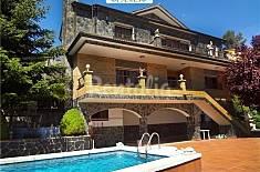 Casa para 16 personas en Sant Llorenç Savall Barcelona