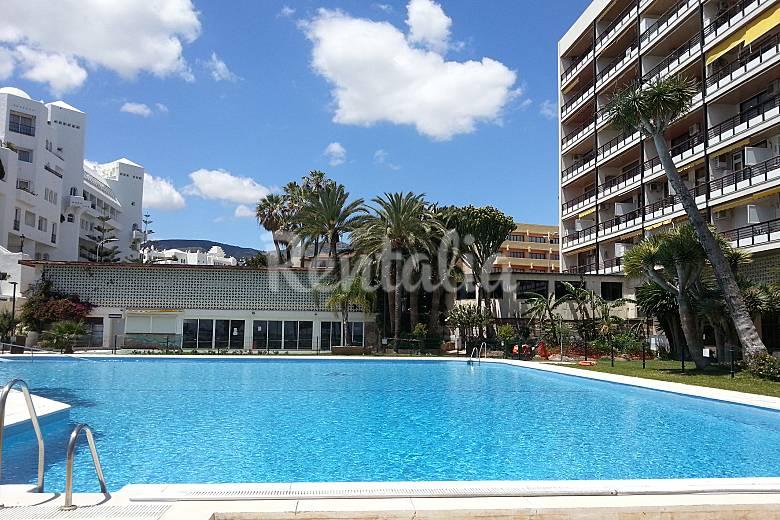 Apartamento 1 linea de playa torremolinos m laga for Piscina publica malaga
