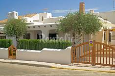 Huis met 4 slaapkamers op 40 meter van het strand Almería