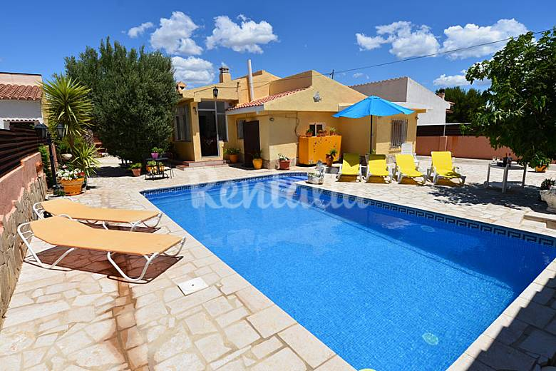 Chalet con piscina 800m de la playa para 10 p l - Piscinas para chalets ...