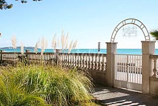 1ª línea de playa. Sea view  Tarragona