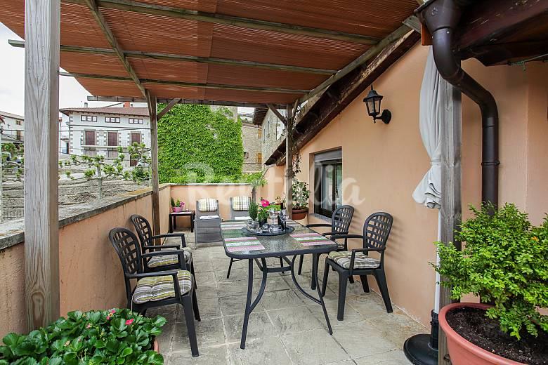 Huis te huur in navarra belasco in navarra for Terras strijkijzer