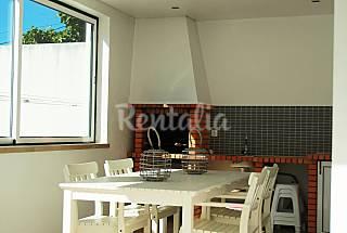 Apartamento de 2 habitaciones a 650 m de la playa Leiria