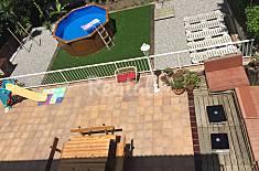 Casa con jardín para 6-7 al pie del Montseny Girona/Gerona