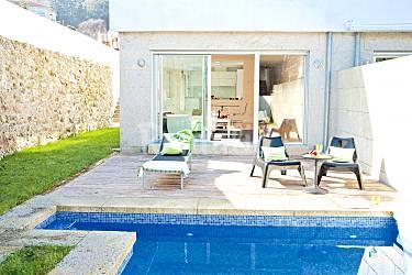 Casa con piscina privada a 900m de la playa y wifi for Casas con piscinas fotos