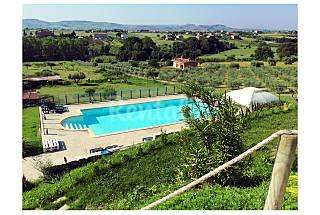 Villa con 5 stanze a 2.5 km dalla spiaggia Fermo