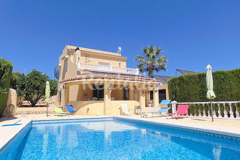 villa con piscina privada cerca de playa en calpe calpe