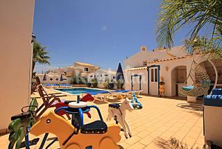 Vivenda para 8-9 pessoas a 300 m da praia Algarve-Faro