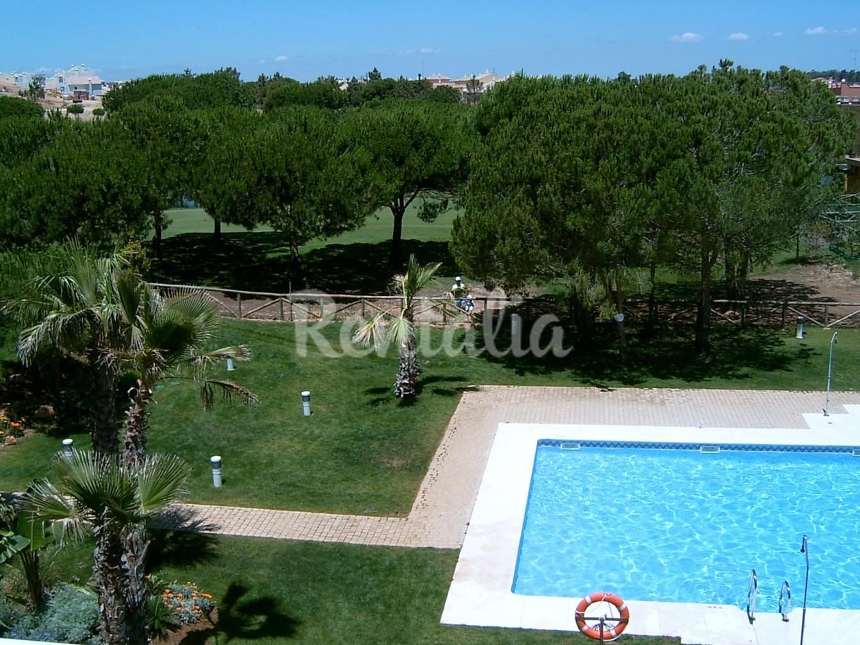 Apartamento para 4 6 pessoas a 650 m da praia islantilla - Rentalia islantilla ...
