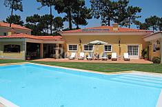 Villa with Pool in Community Golf close the beach Setúbal