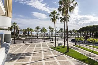 1ª LÍNEA DE PLAYA CON PISCINAS Tarragona