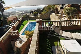 Villa with 5 bedrooms 2.1 km from the beach Barcelona