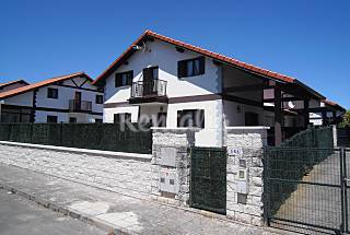 House for 7-9 people 2.5 km from the beach Cantabria