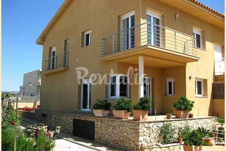 Casa en alquiler a 200 m de la playa cap roig l 39 ampolla tarragona costa dorada - Alquiler casas vacacionales costa dorada ...
